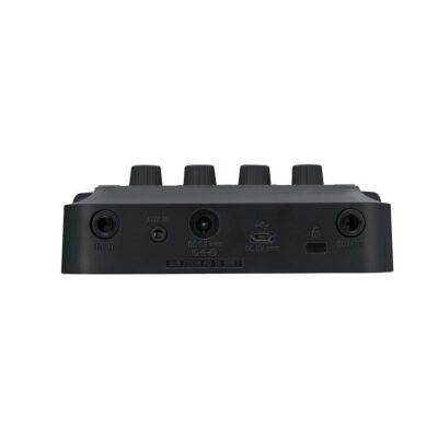 Zoom G1 FOUR Pedaliera multieffetto Amp-Simulator per chitarra