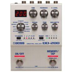 Boss DD-200 Digital Delay Pedale per chitarra elettrica