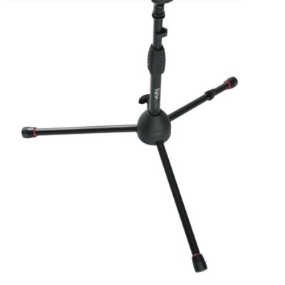 GATOR GFW-MIC-2100 Stand DELUXE treppiede per microfono