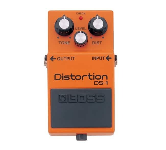Primo pedale da inserire nella pedalboard piccola: Boss DS-1 Distortion