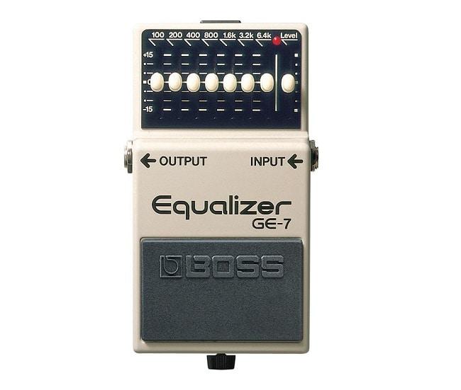 "I pedali da aggiungere per creare una pedalboard per chitarra ""Pro"": Boss GE-7 Equalizer."